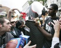 greg-oden-capt. .trail_blazers_oden_basketball_pd105.jpg