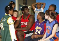 Greg Oden at the Boys and Girls Club in New Orleans 2.jpg
