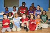 Greg Oden at the Boys and Girls Club in New Orleans 3.jpg