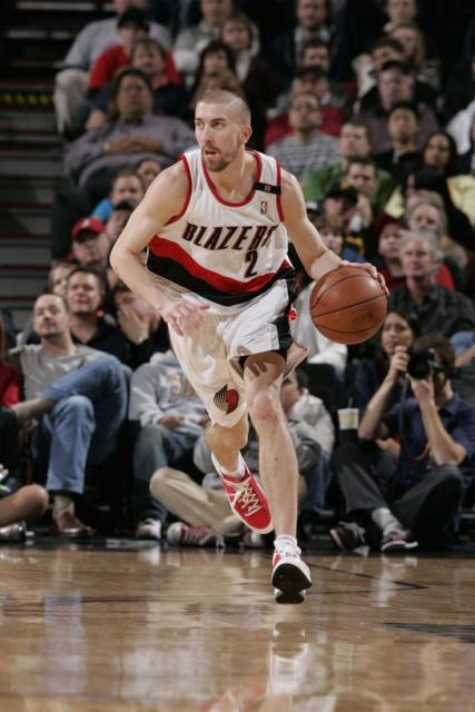 Steve Blake brings the ball upcourt.jpg