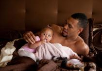 Brandon Roy and his daughter Mariah at home.JPG