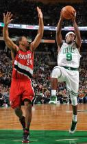 Andre Miller tries to stop Rajon Rondo.JPG