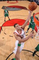 Brandon Roy layup vs the Celtics.JPG