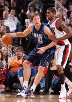 LaMarcus Aldridge guards Dirk Nowitzski.JPG